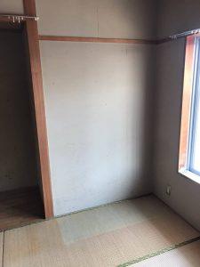仏壇回収後の室内画像です。