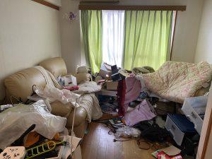 散らかったお部屋の不用品回収